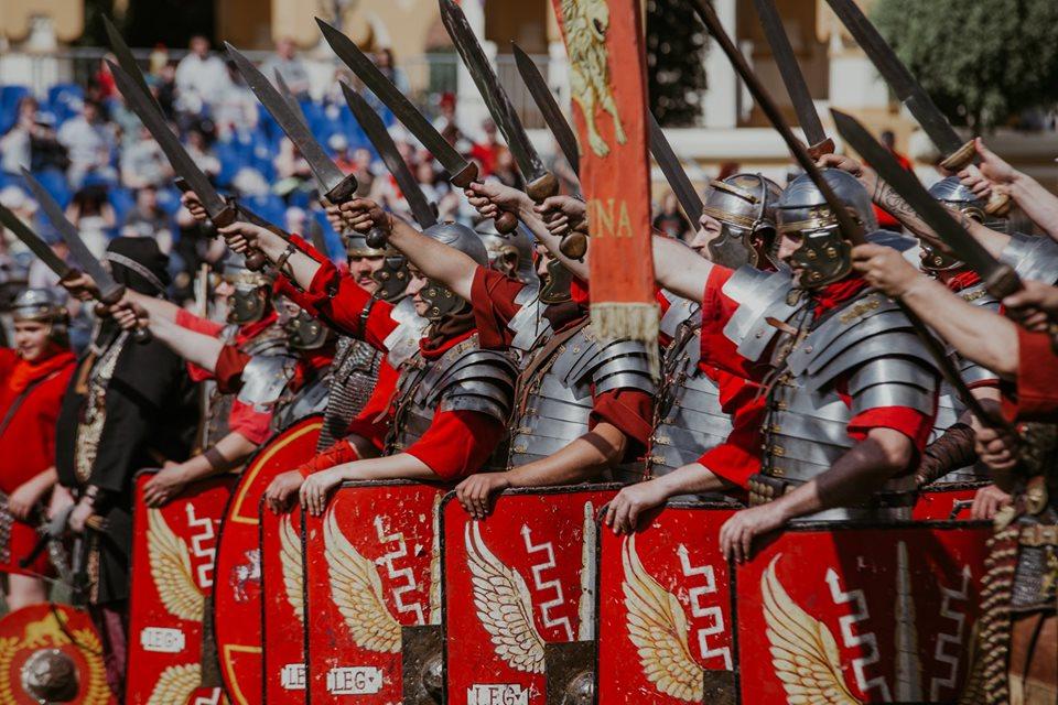 Garda Apulum In Cetatea Alba Carolina